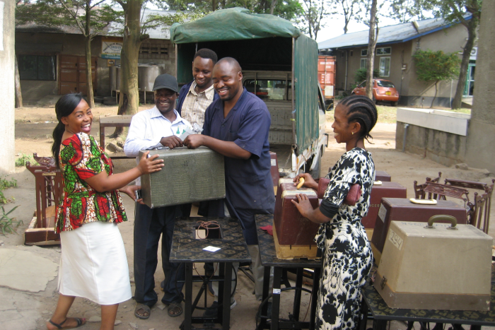 TOOLS-FOR-AFRICA-DONATE-BELFAST-SEWING-MACHINES-DONATE-IN-BELFAST-SEWING-MACHINES-BELFAST