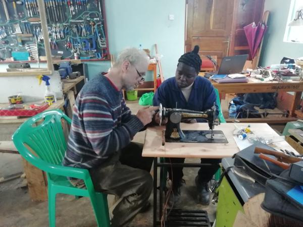 CHARITY-IN-BELFAST-VOLUNTEER-IN-BELFAST-DONATE-TOOLS-FOR-AFRICA